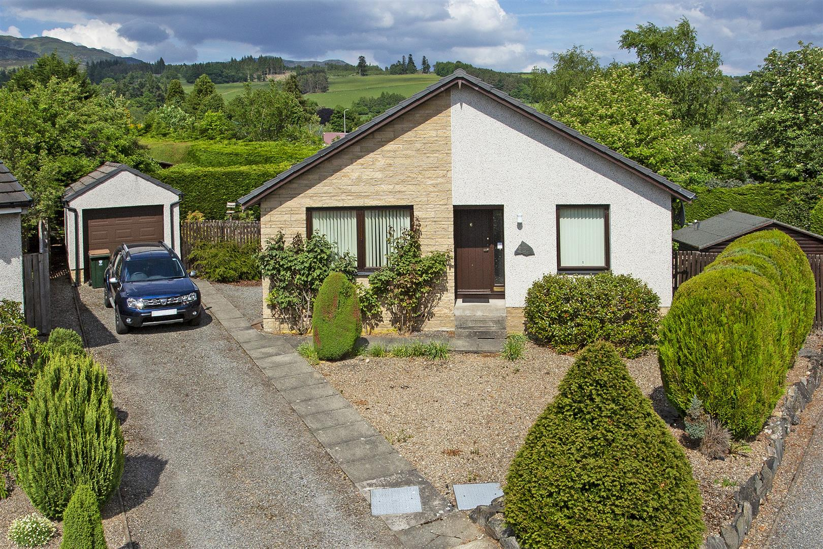 Knockard Crescent, Pitlochry, Perthshire, PH16 5JG, UK
